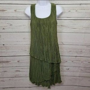 DRESSBARN pleated sleeveless 20s vibe sheath dress